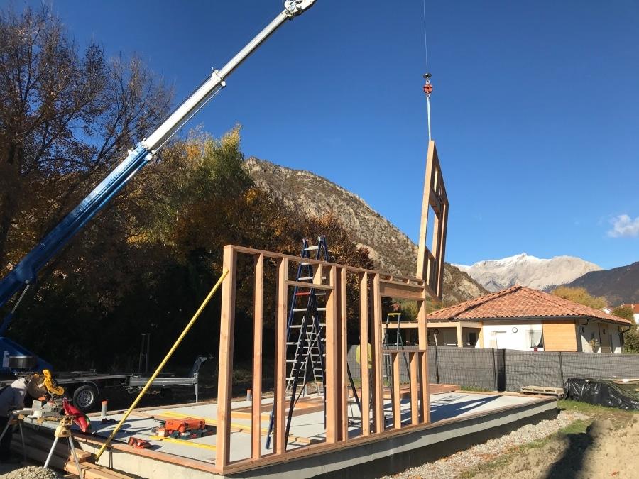 Le montage des murs en ossature bois