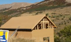 Maison en ossature bois en auto construction à Rabou